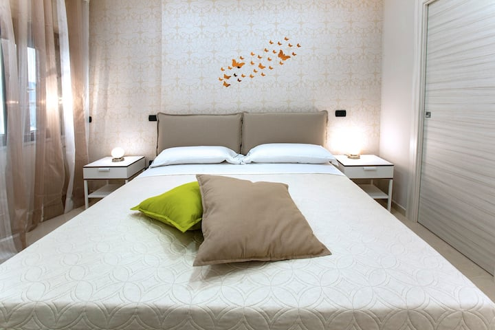 """B&B Relax In Pompei: """"Room Girasole"""" (MAX 2 Guest)"""