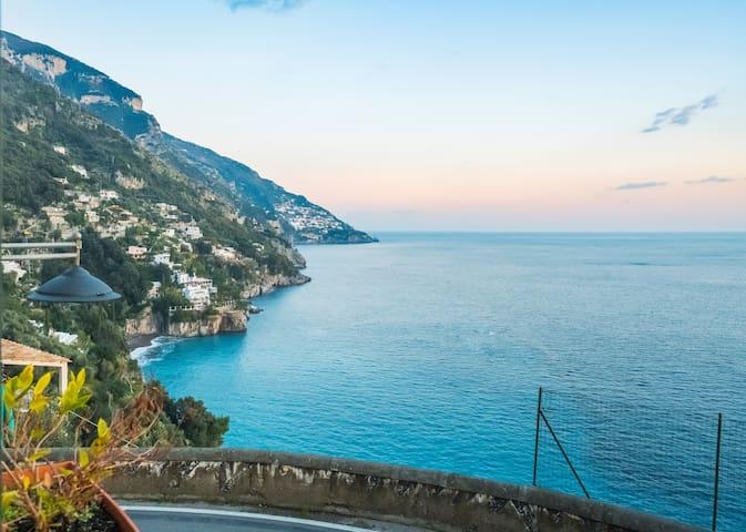 Casa Leone Sea View.