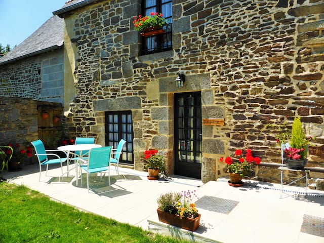 La Lune cottage near Mont St Michel - Tremblay - Huis