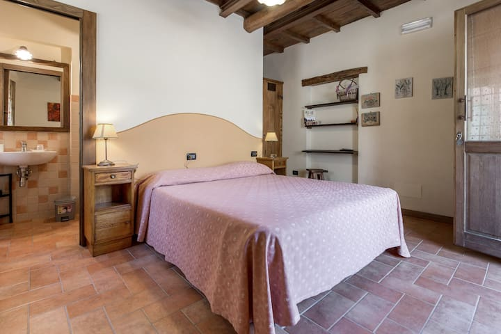 room indipendence in tuscany - Pratovecchio - Bed & Breakfast