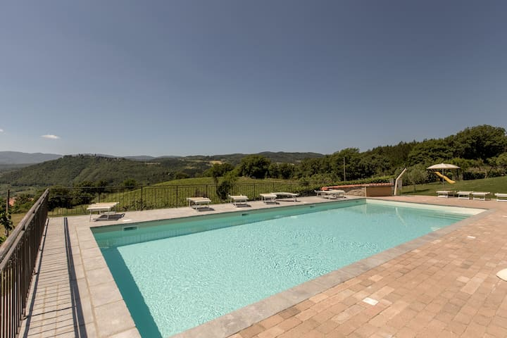 HOUSE IN TUSCANY, WITH POOL