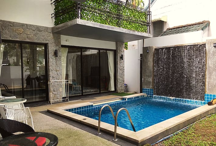 EXCLUSIVE private pool villa, 3 bdrm, near beach