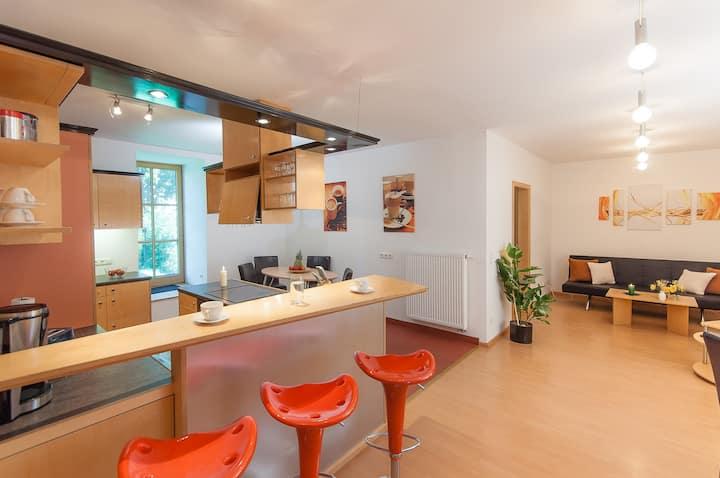 Beautiful spacious 3-room-apartment