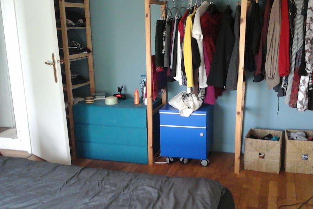 Penderie si besoin de place pour ranger des vêtements