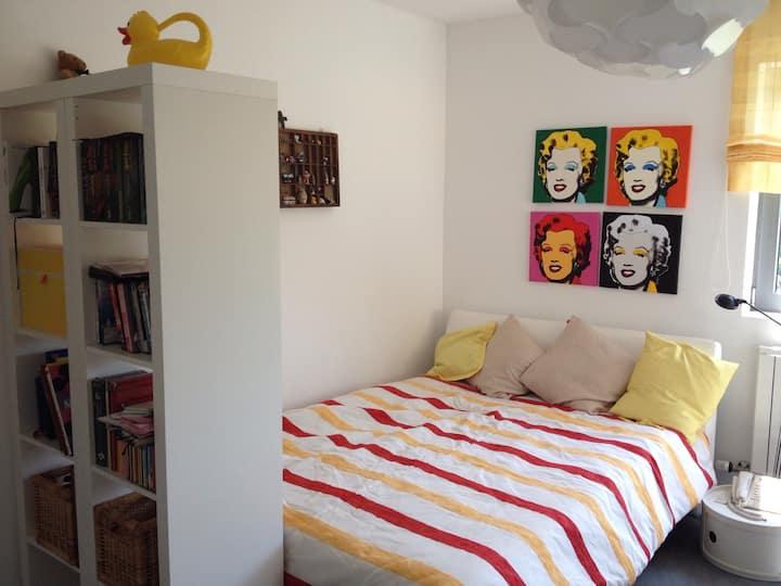 Gemütliches, helles, ruhiges Zimmer