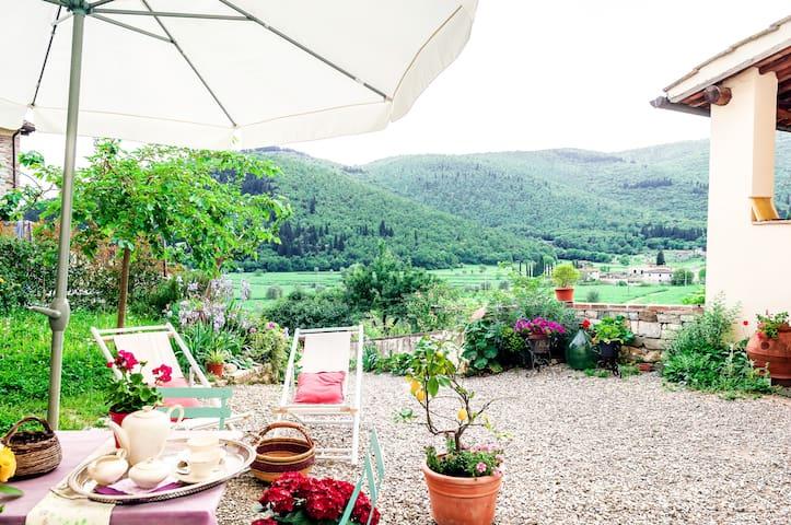 Casa Toscana Organic Lifestyle - Calenzano - Dom