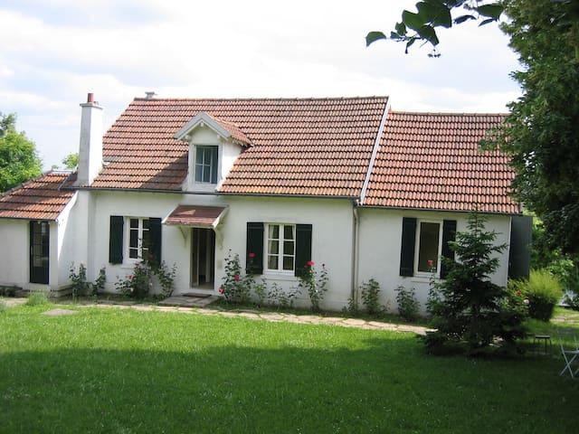 Maison de charme, vue panoramique - Évecquemont - Casa