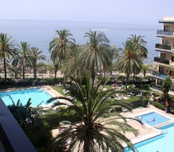 Beach Front Modern Loft @center - Marbella - Loft
