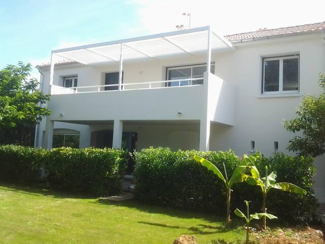 Maison contemporaine rénovée