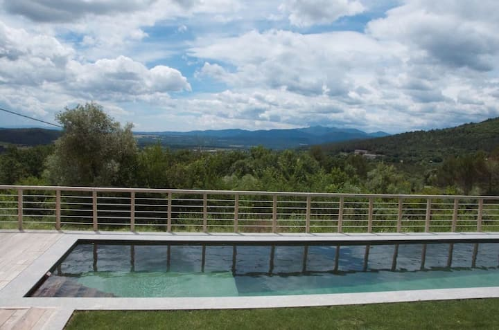 Casa rural Can Xicot, 4ch. et piscine BEUDA
