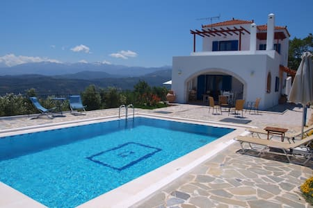 Villa big pool& seaview 10% OFF FOR EARLY BOOKING - vouves