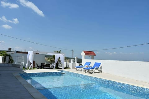 Beautiful villa with views of the bizerte golf course