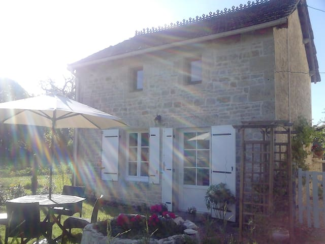 Quality furnished detached cottage. - Melle - Dům