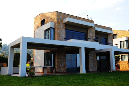 Villa Oneiria-Elegance and Luxury in Halkidiki - Paliouri - Rumah