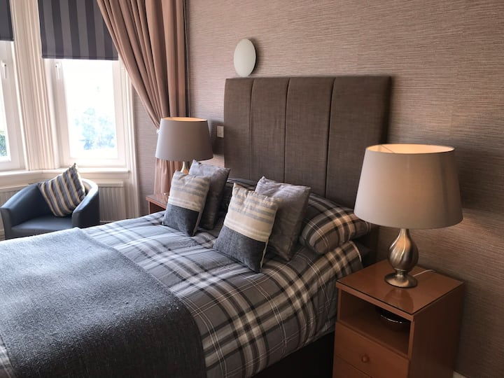 Beechwood Ensuite Rooms:Double/twin/family Ensuite
