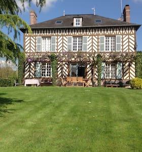 Maison de maître récemment rénovée - Le Mesnil sur Blangy - Hus