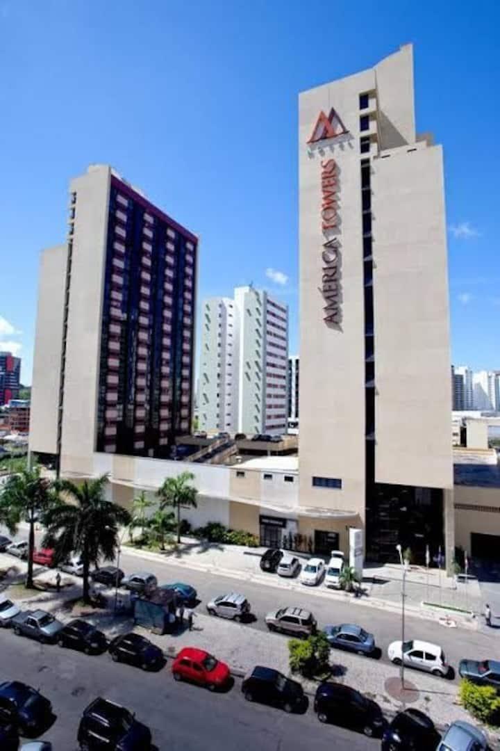 Flat America Towers ao lado do Salvador Shopping