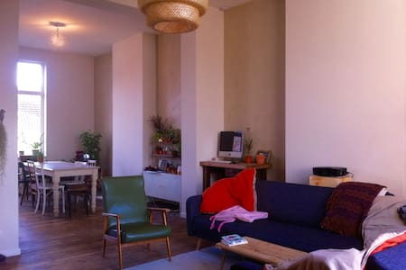 Bright apartment in Brussels - Forest - Appartement