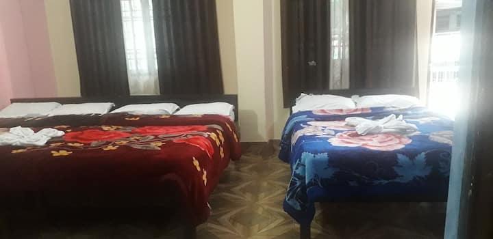 Hotel parichit