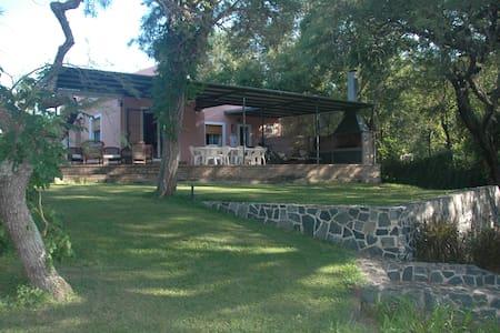 Casa en las Sierras de Córdoba - La Bolsa - Talo