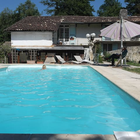 Water Mill Bordeaux Region Pool - Moulon - Apartemen
