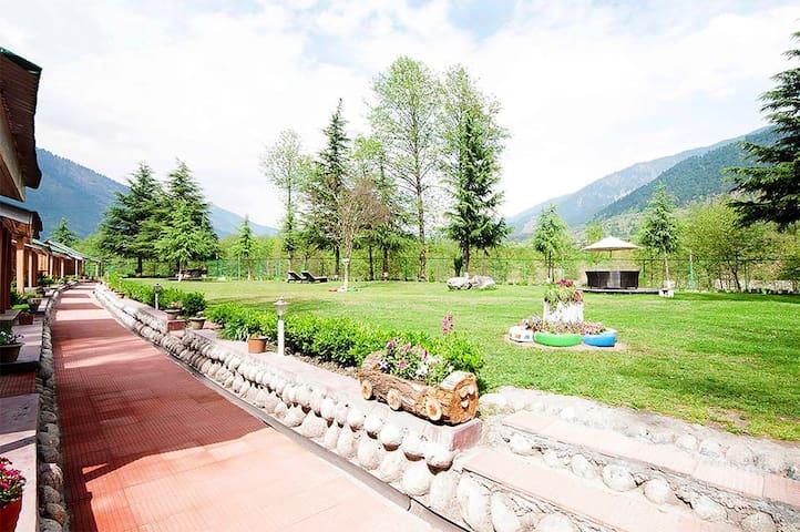 Morpheus Valley - A Riverside Resort
