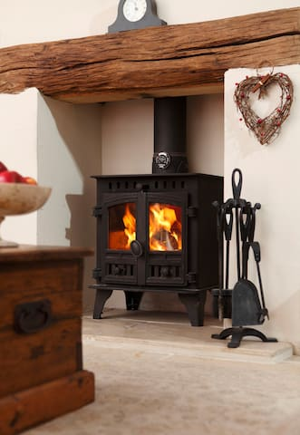 Log burner with a basket of logs / kindling included in the price