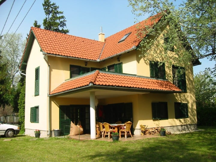 Familyhouse near Lake Balaton (10p)