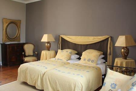 La Borie Grande - Provence Suite - Campes