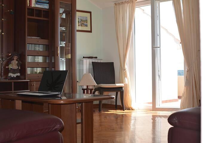 Beautiful Penthouse Eva Marie