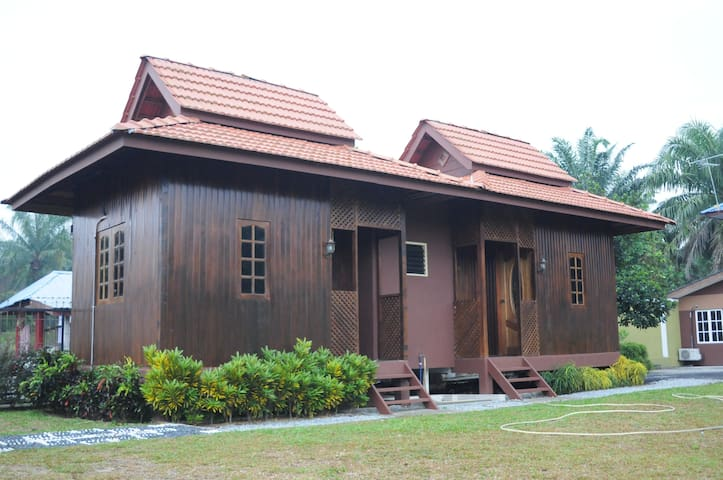 Homestay Al-Hanah - Bestari Jaya - Casa