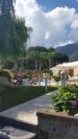 Villa Amodio Pool and Relax tra Pompei e Sorrento - Castellammare di Stabia - Villa