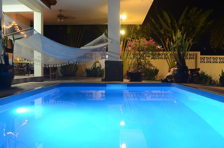 Naiharn Private pool villa 2 bedroom + bedsofa