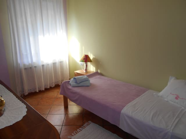 Accomodation in Koper single room - Kampel - House