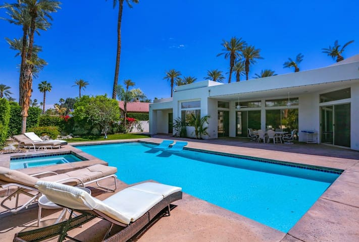 Dog-friendly home w/ a private pool, hot tub, & a five-hole putting green
