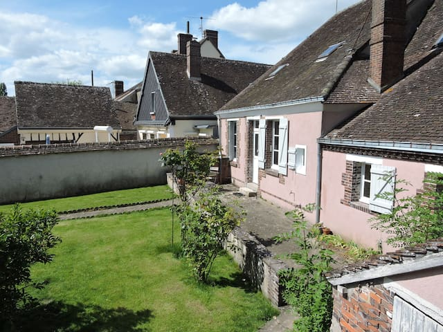 MAISON CENTRE BOURG ILLIERS-COMBRAY - Illiers-Combray - House