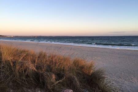 Mitten im Zentrum★WiFi★100m zum Strand★Airbnb3