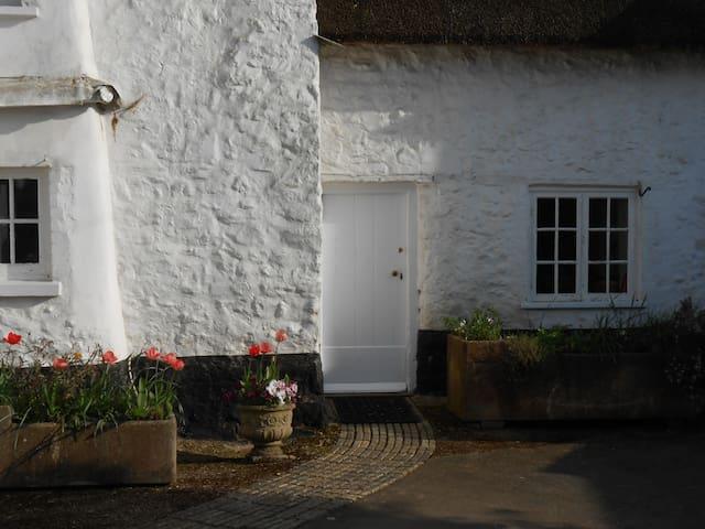 Myrtle Cottage - Sidbury, Sidmouth - Hus