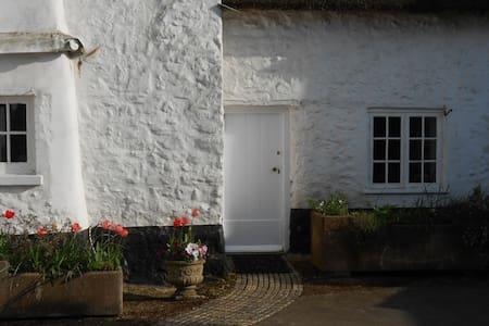 Myrtle Cottage - Sidbury, Sidmouth - บ้าน