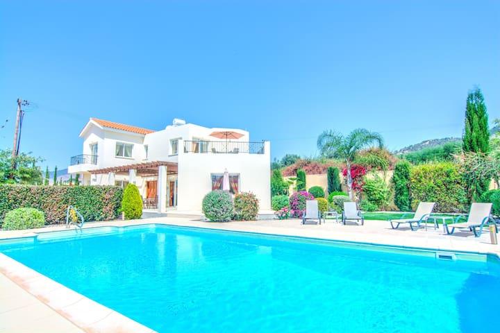 Panemorfi Thea - Argaka - Villa