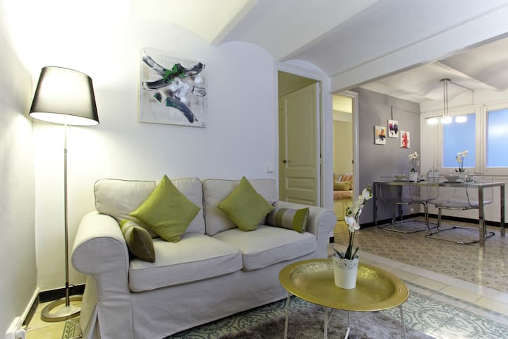 Wonderfull flat in Sagrada Familia - Barcelona - Apartment