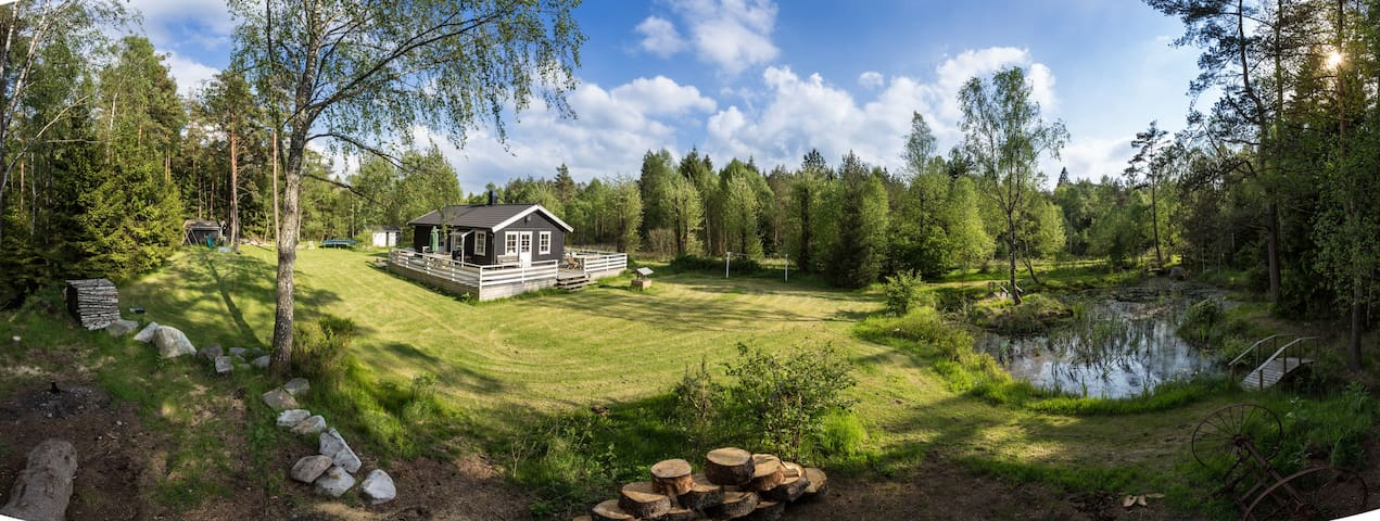 Deep in the Woods - Modern house! - Hässleholm - Hus