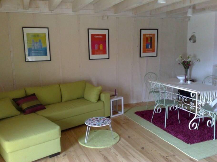 charmante location le puy en velay appartements louer saint paulien auvergne france. Black Bedroom Furniture Sets. Home Design Ideas