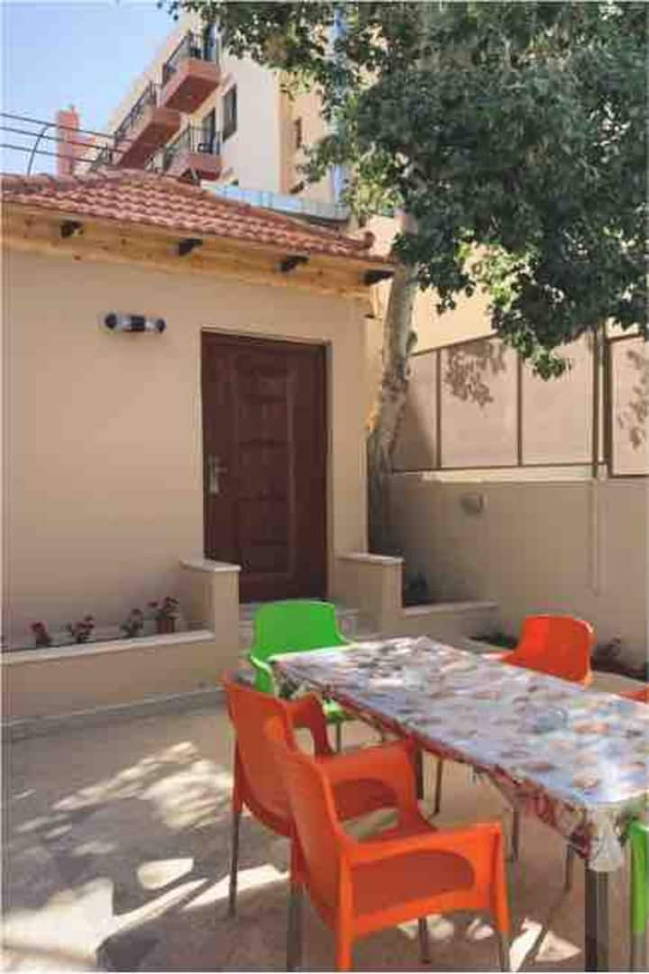 Spacious independent suite in Madaba