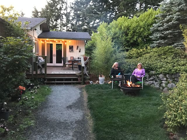 Harper House Orcas Island - EV (PPROV (Phone number hidden by Airbnb)