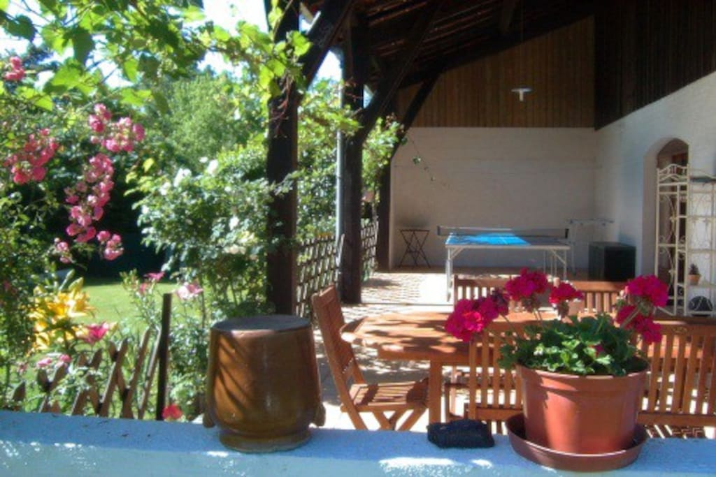 Maison t2 3 jardin lisi re for t oc an 35mn lac houses for rent in ychoux aquitaine - Terrasse jardin botanique montreal poitiers ...
