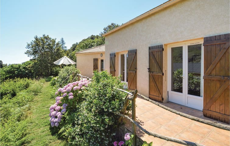 Holiday cottage with 3 bedrooms on 130m² in Sisco