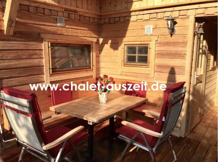 Chalet Zur Auszeit, Zillertal am 5* Campingplatz