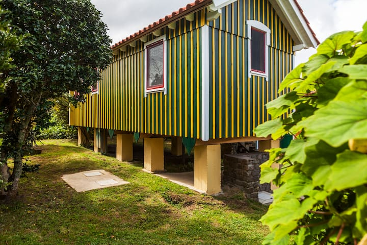 Casa de Favo-Quinta das Abelhas