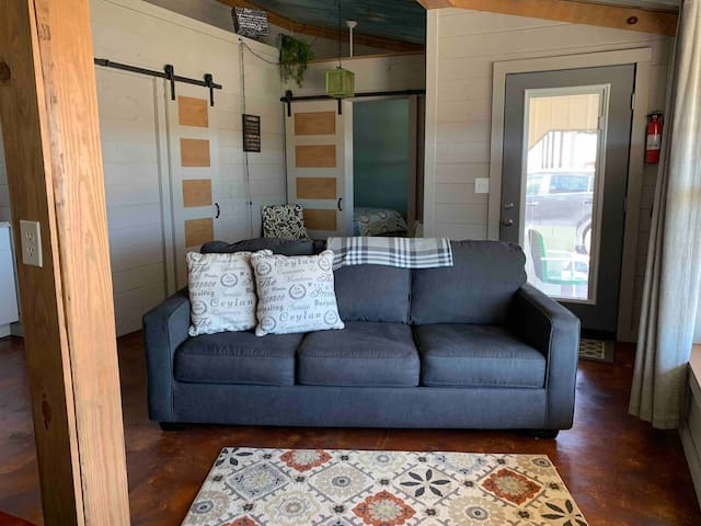 Relaxed Room To Rent On Our Ranch